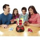 Společenské hry a hrací karty