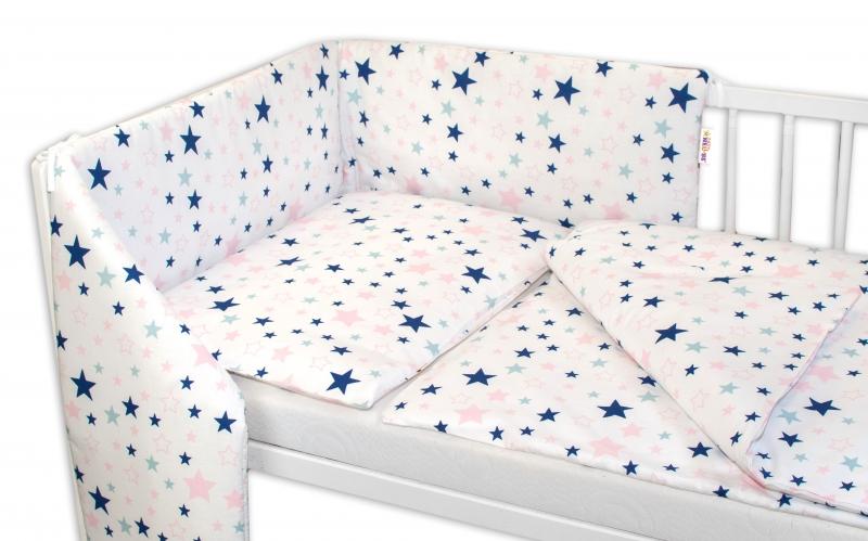 BABY NELLYS - 3-dílná sada - mantinel s povlečením Hvězdy a hvězdičky 135x100 - růžová/granát na bílém