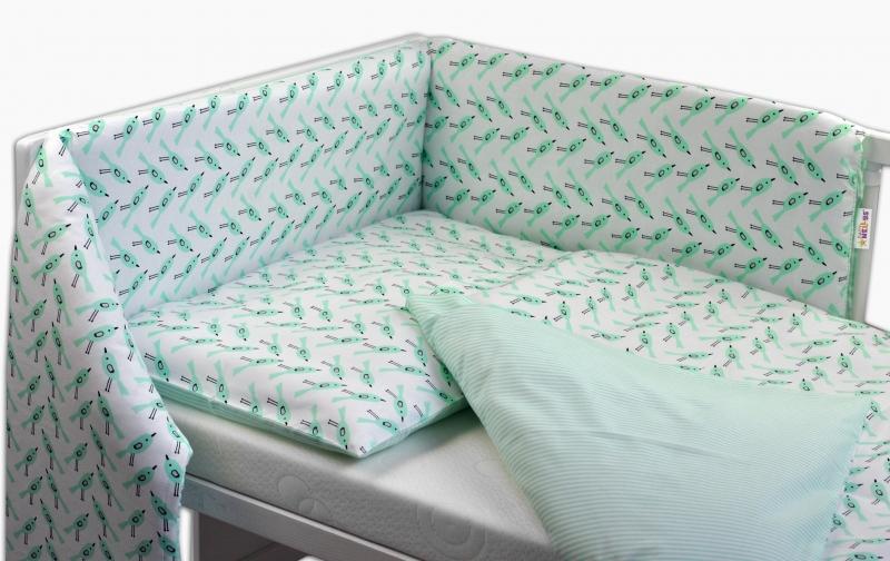 BABY NELLYS - Oboustranný mantinel s povlečením ® - zelení ptáčci/proužky