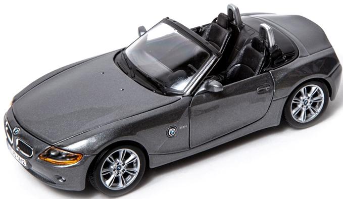 BBURAGO - Bburago 1:24 BMW Z4 Metalic Grey
