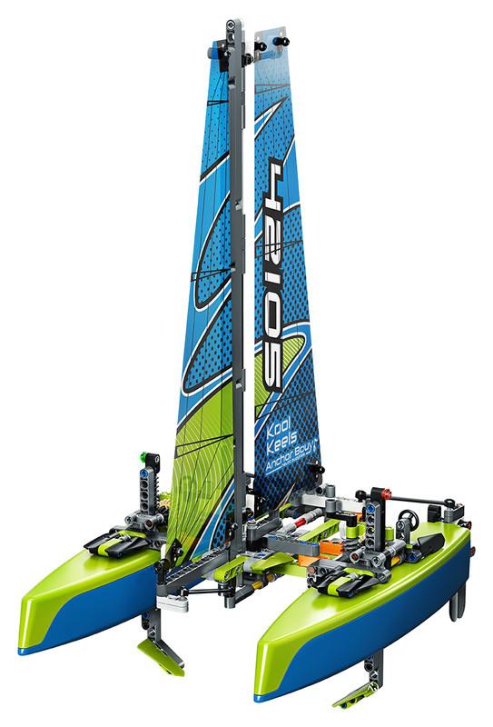 LEGO - Katamarán