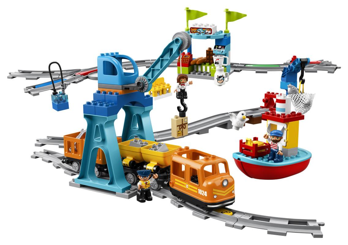 LEGO - Nákladní Vlak