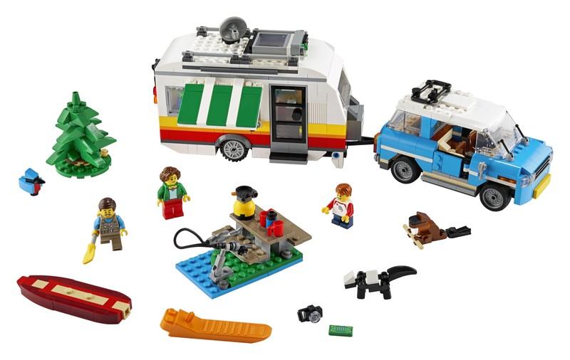 LEGO - Rodinná dovolená v karavanu