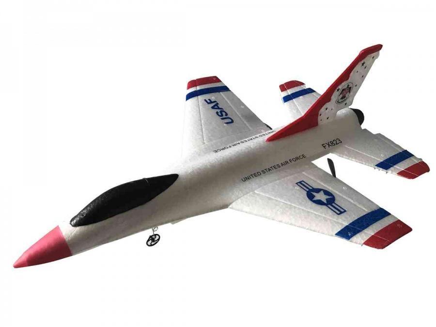 SILVERLIT - Letadlo F16 na dálkové ovládání s dosahem 100m, frekvencí 2.4GHz a velikostí 38cm